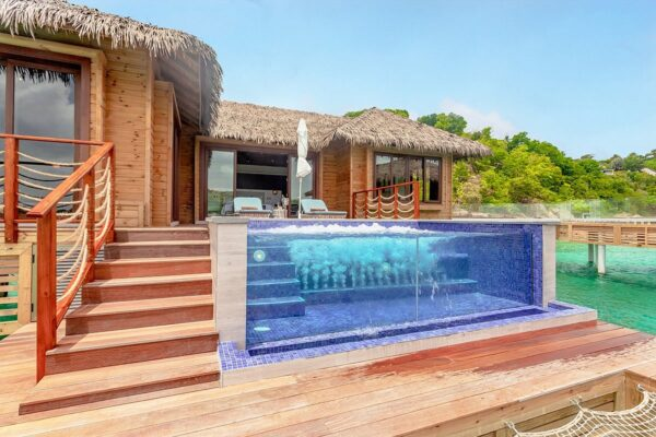 chairman-overwater-bungalows (5)