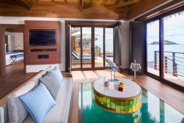 chairman-overwater-bungalows